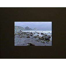 "18"" x 24"" Ivory Black Mat Board - 16"" x 20"" Window"